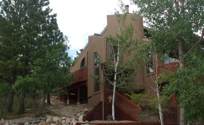 Original Rockrimmon Custom Home (2)